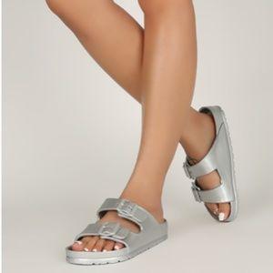 Shoes - !! RESTOCKED !! Foam Style Buckle Sandals - Silver